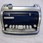 点字タイプライター